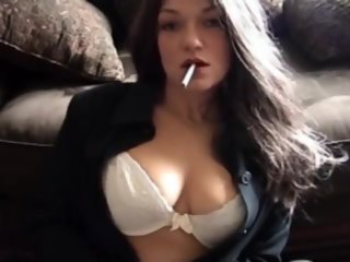 smoking hot.. milf
